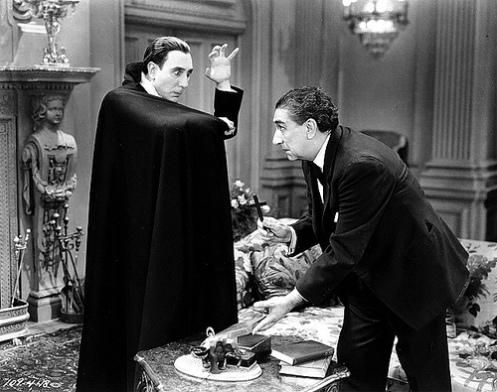 Carlos Villarias (Dracula) and Eduardo Arozamena (Van Helsing)