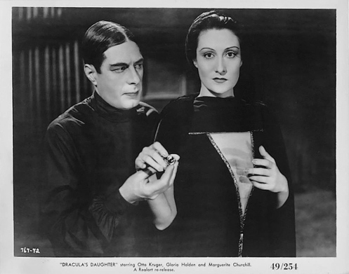 Irving Pichel (Sandor) and Gloria Holden (Dracula's Daughter)